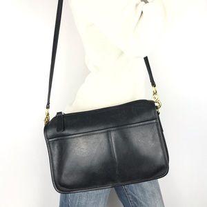 COACH Vintage Black Leather Shoulder Bag